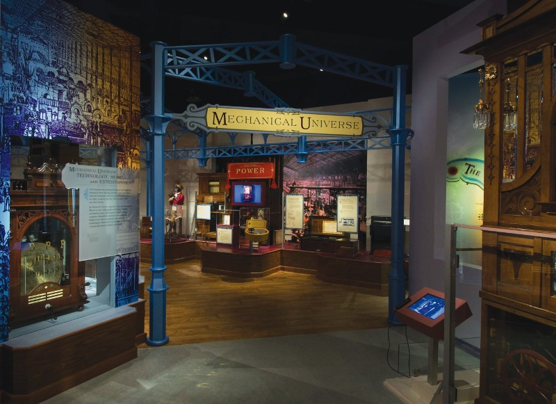 Entrance to the exhibition of the collection.