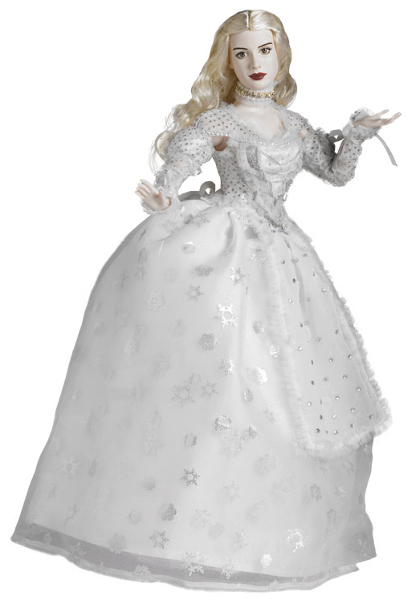 Hathaway as the White Queen, finding her inner Wonderland.