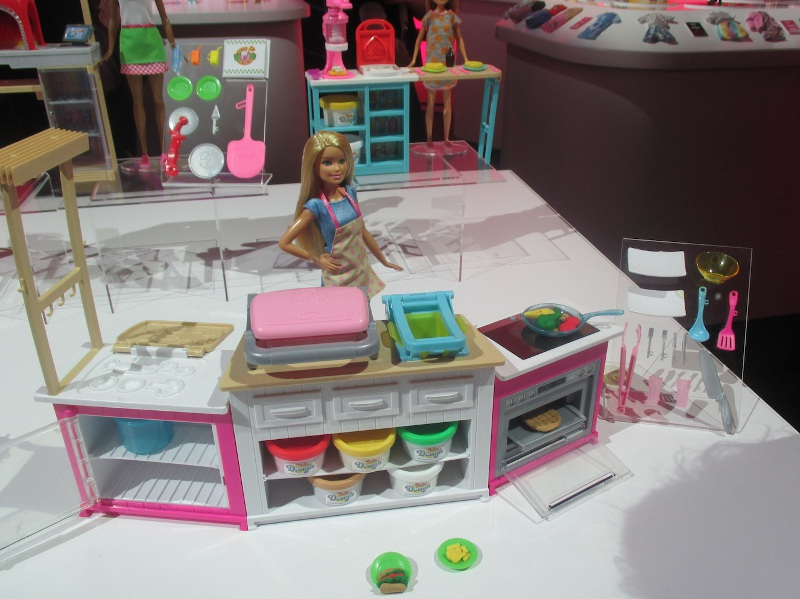 Barbie's Ultimate Kitchen