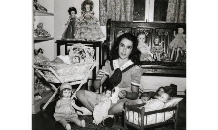 Hidden Doll Devotion: Liz Taylor's 'Secret Ceremony'