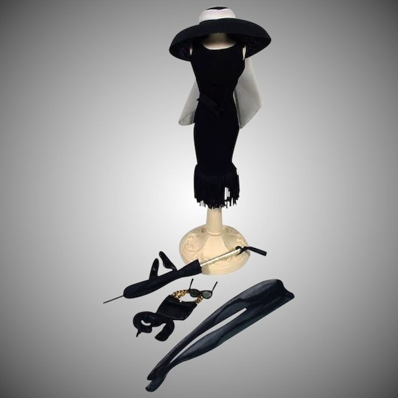 Mattel 1998 Audrey Hepburn black daytime doll ensemble