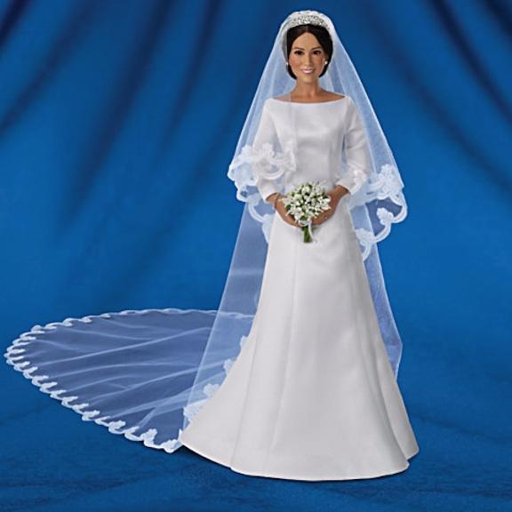 Full-length Meghan Markle Bride Doll