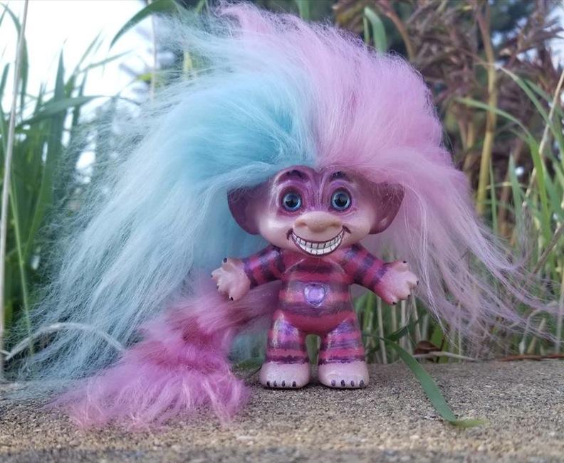Cheshire Cat Troll