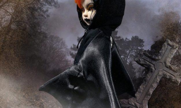 Multiple Maniacs: Mezco Toyz celebrates Halloween with 13 supernatural dolls