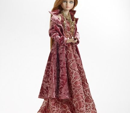 Facing Fans: Tonner gives facelifts to 2018 Holiday Debut dolls