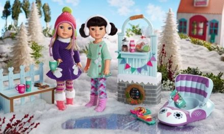 Doll Lovers Delight: 12 images show why dolls make Christmas so merry