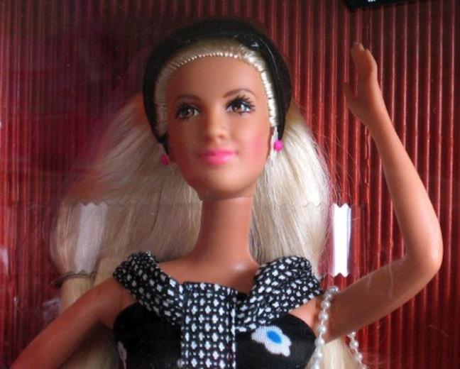 Tori Spelling 90210 doll
