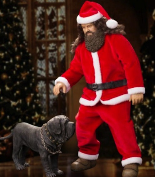 Hagrid and Fang are a welcome sight from Star Ace for this Christmas season. The mighty but gentle Hagrid stands almost 16 inches tall. Photo courtesy of Star Ace Toys