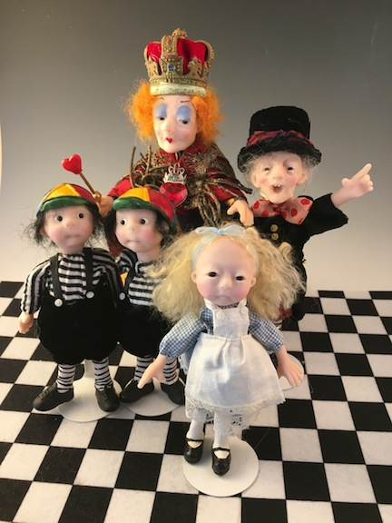Alice and Friends, measuring 6 to 9 inches.
