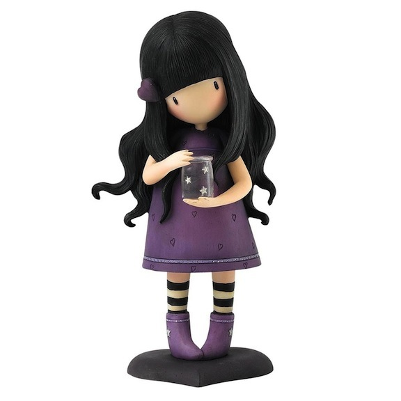 Hope and faith are the order of the day. The brand-new We Can All Shine demonstrates this buoyant optimism. The doll smells of lavender, and the jar lights up.