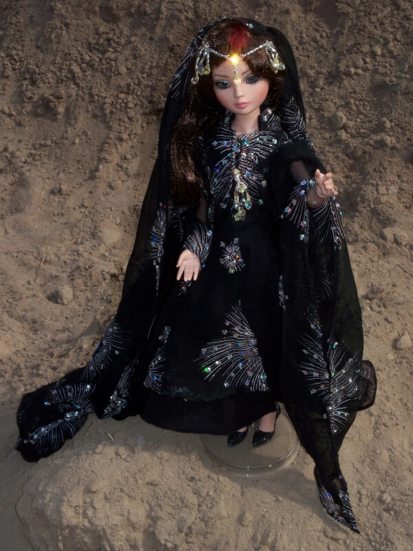Trish Hurley's pattern for Ellowyne's princess outfit is published in DOLLS April 2020 issue.