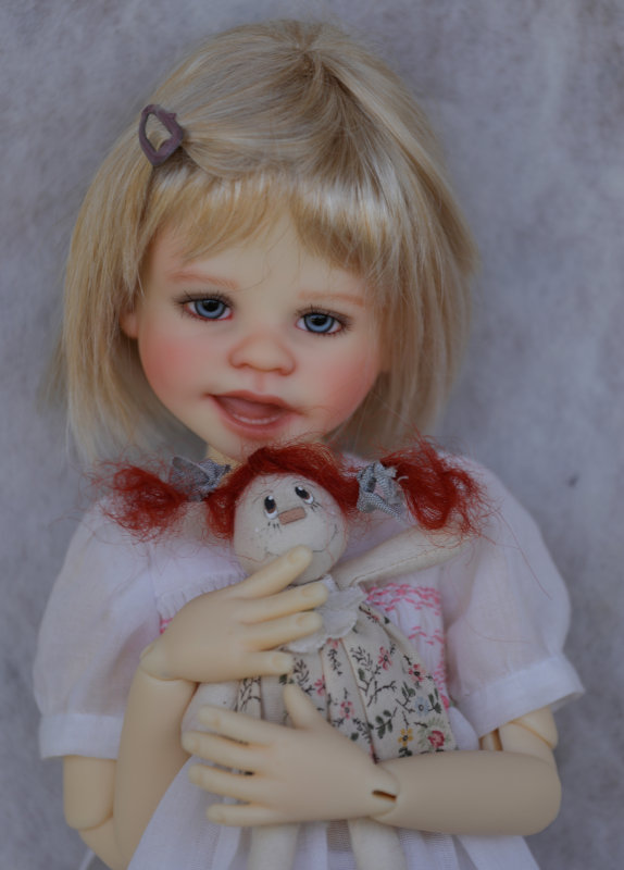 Lucy Lu, 17 inches, is a limited edition of 30 resin BJDs hand-painted by Wiggs.