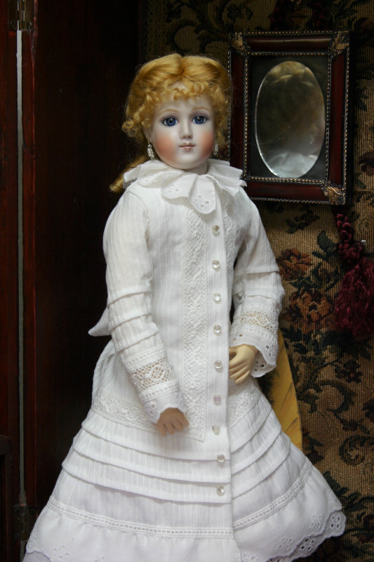 Barrois doll
