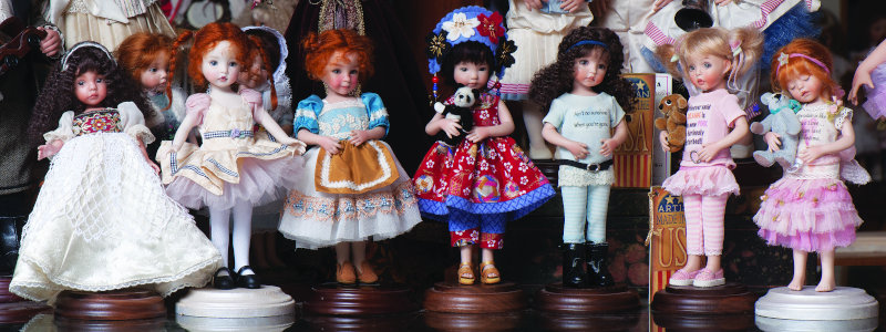 Here's a lovely lineup from the studio shop in Jamestown, Mo. The scene shows Effner's 8-inch all-porcelain body with seven head options.