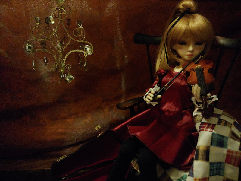 "Tabitha Smallwood: ""Elise (42 cm BJD) playing music for the Holidays."""