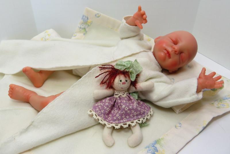 Siebel is one of Moulton's resin babies.