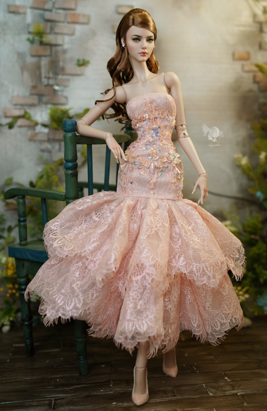 Lam in dress