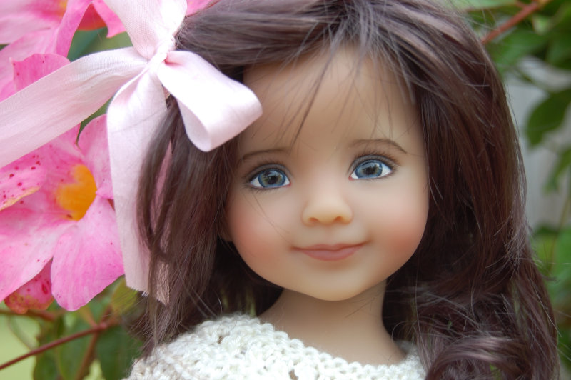 Pat Green is one of the artists whom Dianna Effner personally approved to paint the Little Darling dolls.